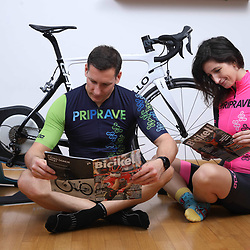 20201231: SLO, Cycling - Bike trainer in a living room