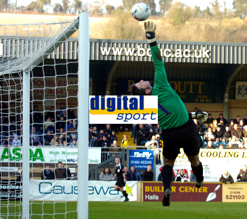 Photo: Alan Crowhurst.<br />Wycombe Wanderers v Torquay United. Coca Cola League 2. 18/03/2006. Torquay keeper Andy Marriott saves late on.