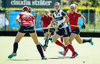 HUIZEN - Anouk Bekkers (Huizen) bij de eerste play off wedstrijd voor promotie naar de hoofdklasse , Huizen-Nijmegen (3-2) COPYRIGHT KOEN SUYK