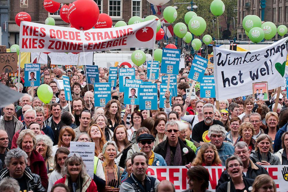 Nederland, Amsterdam, 16 april  2011.Manifestatie tegen kernenergie op de Dam..Motto: Schoon genoeg van Kernenergie..Foto (c)  Michiel Wijnbergh