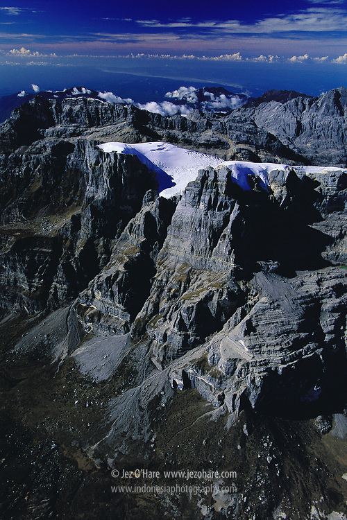 Mount Carstensz 4884m, Ngga Pulu 4800m & The Carstensz Glaciers, Lorentz National Park, Puncak Jaya, Papua, Indonesia.