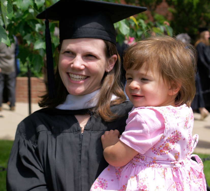 SONY DSC University of Maryland graduation with 2 year old child and mother