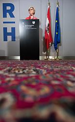 """12.07.2017, Rechnungshof, Wien, AUT, Rechnungshof, Pressekonferenz """"Neue Schwerpunkte bei künftigen Prüfungen"""", im Bild Rechnungshofpräsidentin Margit Kraker // President of the Austrian court of audit Margit Kraker during press conference of the Austrian court of audit in Vienna, Austria on 2017/07/12, EXPA Pictures © 2017, PhotoCredit: EXPA/ Michael Gruber"""