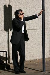 O filósofo, escritor, jornalista e ensaísta francês, Bernard-Henri Lévy é o autor de American Vertigo (2006). Nascido na Argélia, é conhecido na França como BHL. Tornou-se popular por opiniões moralistas, sendo reconhecido como um filósofo político e crítico social. Um dos seus livros de sucesso é O século de Sartre (2001). Formado em Filosofia na França pela Escola Normal Superior, uma das mais importantes da Europa, foi correspondente para o jornal parisiense Combat, trabalhando em Bangladesh durante a guerra de libertação contra o Paquistão.  FOTO: Jefferson Bernardes/Preview.com
