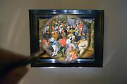 Nederland, Maastricht, 16-3-2016 Tefaf, The European Fine Art Fair in het MECC. Dit is de grootste kunstbeurs in Europa en ter wereld. 29e editie. Onder de topstukken bevindt zich een vroeg werk van Rembrandt van Rijn, uit de serie zintuigen is het de Reuk, geur.Een van de duurste objecten is een manuscript van de Gebroeders Van Limburg uit circa 1407, met dertig tekeningen. Op de foto een schilderij van Pieter BreughelFoto: Flip Franssen