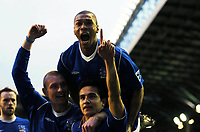 Fotball<br /> 4. runde FA-cup<br /> Everton v Sunderland<br /> 29. januar 2005<br /> Foto: Digitalsport<br /> NORWAY ONLY<br /> Tim Cahill celebrates scoring 3rd goal with team mate Marcus Bent and Nick Chadwick