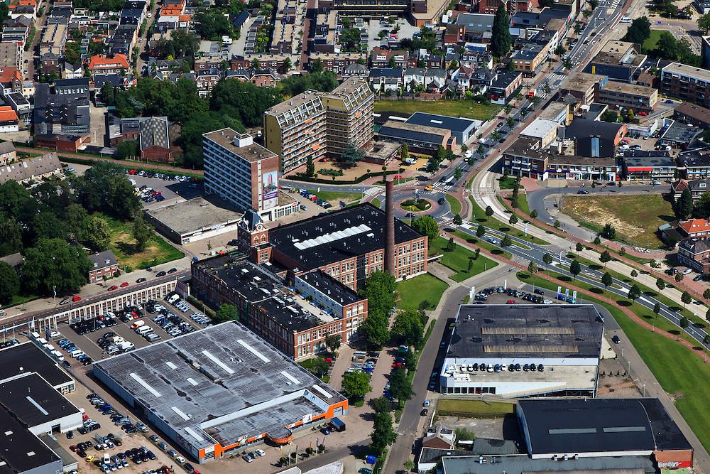 Nederland, Overijssel, Enschede, 30-06-2011; Voormalig fabriekscomplex Jannink (katoenspinnerij Jannink) aan de Haaksbergerstraat in Enschede, nu verbouwd tot museum en appartementencomplex. .Former factory complex Jannink (Jannink cotton mill) at the Haaksbergerstraat in Enschede, now converted into a museum and apartment complex..luchtfoto (toeslag), aerial photo (additional fee required).copyright foto/photo Siebe Swart