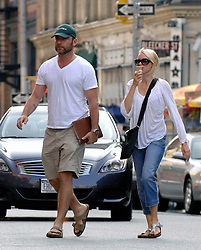 Naomi Watts and her husband Liev Schreiber, on a hot summer day in New York City, NY, USA, on August 15, 2009. Photo by Geraldina Amaya/Frank Ross Media/ABACAPRESS.COM  | 198582_004 New York City Unitd