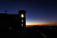 Observatoire météorologique de l'Aigoual. Lever du jour.