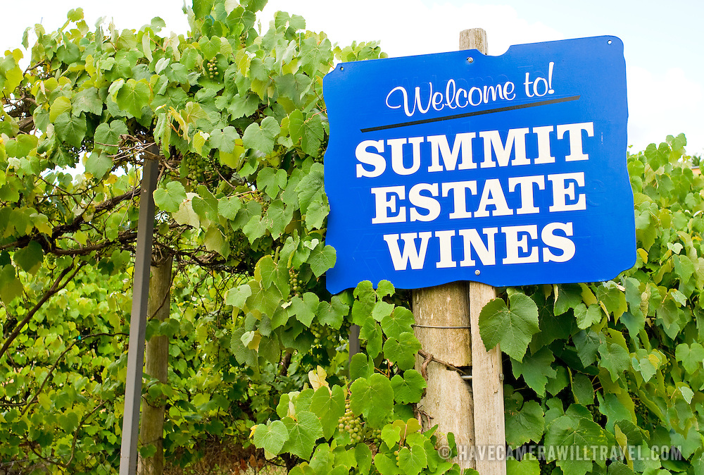 Summit Estate Winery