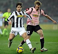 Diego  (Juventus) e Federico Balzaretti (Palermo) <br /> Torino 28/02/2010 Stadio Olimpico<br /> Juventus Palermo - Posticipo del Campionato di Serie A Tim 2009-10.<br /> Foto Insidefoto