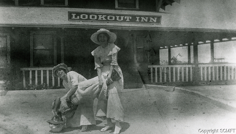 1916 Ladies frolic at the Lookout Mountain Hotel