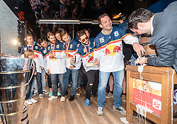 15.04.2016, Kapitelplatz, Salzburg, AUT, EBEL, Meisterfeier EC Red Bull Salzburg, im Bild Manuel Latusa (EC Red Bull Salzburg) beim Stiegl Bier Anstich // Manuel Latusa (EC Red Bull Salzburg) beim Stiegl Bier Anstich during the Erste Bank Icehockey Liga Championships Party of EC Red Bull Salzburg at the Kapitelplatz in Salzburg, Austria on 2016/04/15. EXPA Pictures © 2016, PhotoCredit: EXPA/ JFK