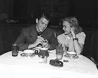1940 Ronald Reagan & Jane Wyman at the Brown Derby