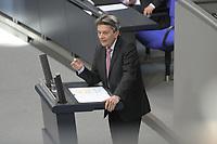 DEU, Deutschland, Germany, Berlin, 25.03.2020: SPD-Fraktionschef Dr. Rolf Mützenich (SPD), Plenarsitzung im Deutschen Bundestag. Das Maßnahmenpaket der Bundesregierung zur Bekämpfung der Folgen der Coronakrise stand im Mttelpunkt der Debatte. Um Ansteckungen von Abgeordneten mit dem Coronavirus zu vermeiden, hat der Deutsche Bundestag für die Sitzung Vorkehrungen getroffen: Nur jeder Dritte Stuhl darf besetzt werden, zwei Plätze dazwischen müssen frei gehalten werden.