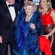 NLD/Amsterdam/20130410 - Viering 125 jaar bestaan Concertgebouw Amsterdam, Koningin Beatrix, Prinses Maxima en Prins Willem Alexander
