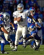 Kansas State quarterback Josh Freeman rushes up field against Kansas at Memorial Stadium in Lawrence, Kansas, November 18, 2006.  Kansas beat K-State 39-20.<br />