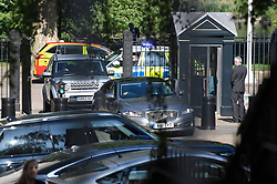 © Licensed to London News Pictures. 24/05/2019. London, UK. A car carrying British Prime Minister THERESA MAY arrives at Downing Street in Westminster, London. The Prime Minister is under huge pressure to quit over her handing of negotiations for the UK's exit from the European Union. Photo credit: Ben Cawthra/LNP
