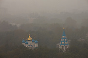 Moscow, Russia, 04/08/2010. .East central Moscow blanketed in smog in the record high temperatures of the continuing heatwave. Peat and forest fires in the countryside surrounding Moscow have resulted in the Russian capital being blanketed in heavy smog.