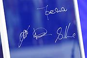 Koningin Maxima doopt het cruiseschip ms Koningsdam van Holland America Line in Rotterdam.<br /> <br /> Queen Maxima at the cruise ship ms Koningsdam Holland America Line in Rotterdanm for namen the ship.<br /> <br /> op de foto / On the photo: Autograph of Queen Maxima  kapitein de Vries, Stein Kruze en Orlando Ashford
