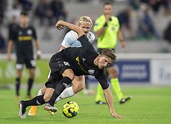 Jelle van der Heyden (Vendsyssel FF) følges af Carl Lange (FC Helsingør) under kampen i 1. Division mellem FC Helsingør og Vendsyssel FF den 18. september 2020 på Helsingør Stadion (Foto: Claus Birch).