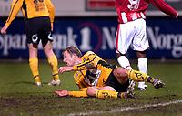 Fotball<br /> Tippeligaen 2005<br /> Tromsø v Start 3-1<br /> 02.10.2005<br /> <br /> Bård Borgersen (START) nede for telling<br /> <br /> Foto: Tom Benjaminsen, Digitalsport