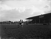 27/03/1960<br /> 03/27/1960<br /> 27 March 1960<br /> Soccer, League of Ireland: Limerick v Transport at Harold's Cross, Dublin.