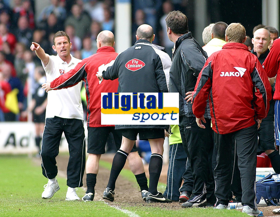 Photo: Dave Linney.<br />Walsall v Barnsley. Coca Cola League 1. 06/05/2006.<br />Tempers flare on the bench as  Walsall's caretaker Mgr Mark Kinsella  makes his point