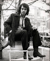 Aug 05, 1975 - London, England, United Kingdom - NEIL DIAMOND aka Neil Leslie Diamond (born January 24, 1941) is an American singer-songwriter. Neil Diamond is one of pop music's most enduring and successful singer-songwriters. As a successful pop music performer, Diamond scored a number of hits worldwide in the 1960s, 1970s, and 1980s. c. late 1970s.  (Credit Image: © Keystone Press Agency/Keystone USA via ZUMAPRESS.com)