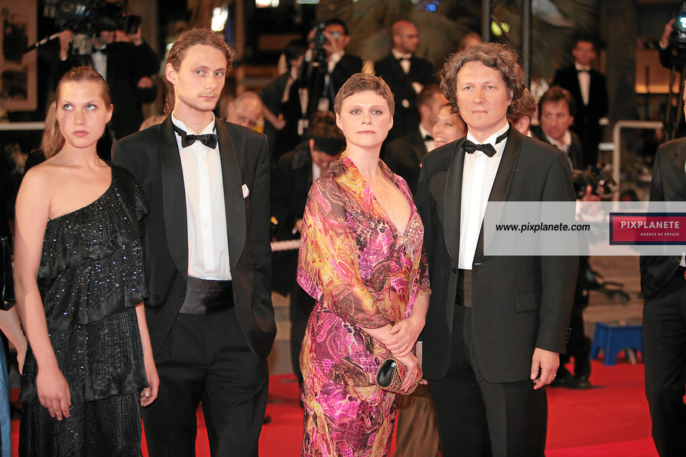 Rébellion : l'affaire Litvinenko de Andreï Nekrassov et Olga Konskaïa - - Festival de Cannes - Montée des marches - 26/05/2007 - JSB / PixPlanete