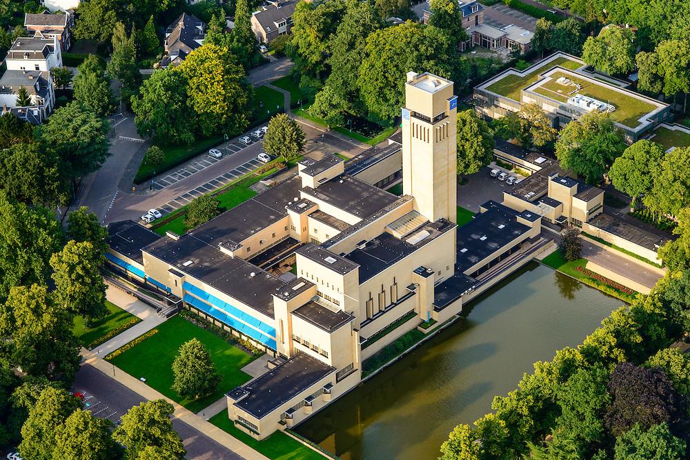 Nederland, Noord-Holland, Hilversum, 05-08-2014;<br /> Raadhuis Hilversum in het Dudokpark, genoemd naar de architect Willem Dudok van Heel. Dudok is de architect van het stadhuis.<br /> City Hall Hilversum. <br /> luchtfoto (toeslag op standaard tarieven);<br /> aerial photo (additional fee required);<br /> copyright foto/photo Siebe Swart.