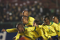 21/07/04 - LIMA - PERU - COPA AMERICA PERU 2004 - AMERICAN CUP - semifinal match.<br /> BRASIL - BRAZIL win by penalty over  URUGUAY- <br />Braziian players celebrating the victory.<br />from left to right - N*8 KLEBERSON - N*9 LUIS FABIANO - N*13 MAICON - N*19 DIEGO - N*4 JUAN - AND N*..???<br />© Gabriel Piko / Argenpress.com