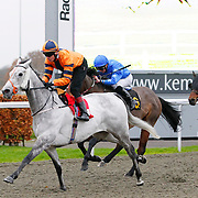 Capaill Liath and Jamie Spencer winning the 2.50 race