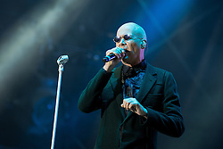 © Licensed to London News Pictures . 08/08/2015 . Siddington , UK . THE HUMAN LEAGUE on stage at The Rewind Festival of 1980s music , fashion culture at Capesthorne Hall in Macclesfield . Photo credit: Joel Goodman/LNP