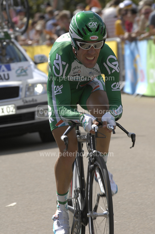 London 7th July 2007: Images from the opening Prologue Stage of the 2007 Tour de France cycle race.