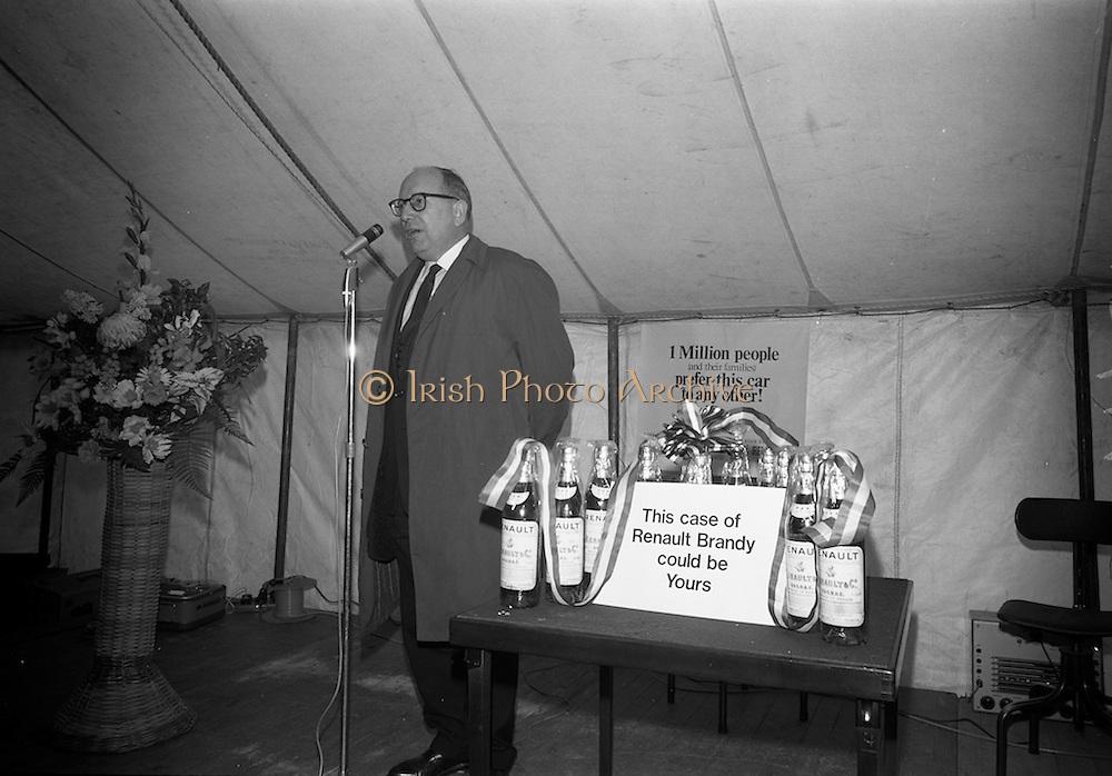 17/3/1966<br /> 3/17/1966<br /> 17 March 1966<br /> <br /> French Embassy Trade Official Speaking at the Renault Event