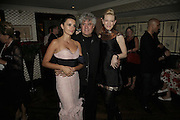 Penelope Cruz, Pedro Almodovar  and Cate  Blanchett, UK premiere for Pedro Almodovar's Volver. Curzon Mayfair and afterwards at the Mirabelle. London. 3 August 2006. ONE TIME USE ONLY - DO NOT ARCHIVE  © Copyright Photograph by Dafydd Jones 66 Stockwell Park Rd. London SW9 0DA Tel 020 7733 0108 www.dafjones.com