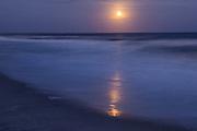 Beaver Moon rising over ocean
