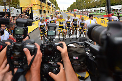 Sky team members Spain's Jonathan Castroviejo, Great Britain's Luke Rowe, Tour de France winner Great Britain's Geraint Thomas wearing the overall leader's yellow jersey, Tour de France third-placed Great Britain's Christopher Froome, Netherlands' Wout Poels, Colombia's Egan Bernal and Poland's Michal Kwiatkowski pose after the 21st and last stage of the 105th edition of the Tour de France cycling race between Houilles and Paris Champs-Elysees, in Paris, France, on July 29, 2018. Photo by Eliot Blondet/ABACAPRESS.COM