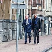 NLD/Amsterdam//20170309 - Herdenkingsdienst Guus Verstraete, Andre van Duin en partner Martin Elfrink