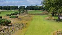 CROMVOIRT - Hole 14 . Bernardus Golf is een golfbaan in Cromvoirt, die in 2018 is geopend. De 18-holes baan is een ontwerp van de baanarchitect Kyle Phillips. De baan is aangewezen voor het Dutch Open, .   COPYRIGHT KOEN SUYK