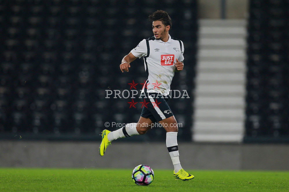 DERBY, ENGLAND - Monday, November 28, 2016: Derby County's Josh Lelan in action against Liverpool during the FA Premier League 2 Under-23 match at Pride Park. (Pic by David Rawcliffe/Propaganda)