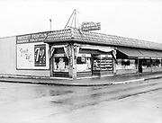 0501-05 Prescott Fountain, NE 29th & Prescott, Portland, Oregon, 1955 (enlargement greater than 11x14 not recommded)