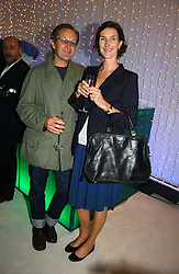 NICK ASHLEY and XSA XSA GHERURAY at an exhibition of David Hockney portraits at the National Portrait Gallery sponsored by Burberry on 11th October 2006.<br /><br />NON EXCLUSIVE - WORLD RIGHTS