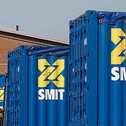 Nederland, Rotterdam, 18 september 2008 Smit Internationale NV. Rotterdamse sleep- en bergingsbedrijf Smit..Baggeraar Boskalis heeft een groot aandelenbelang in overnameprooi Smit Internationale genomen...De Papendrechtse baggeraar heeft een belang van 6,65% in het sleep- en bergingsbedrijf opgebouwd, zo blijkt woensdagochtend uit een melding aan de AFM. De meldingsplicht ontstond maandag, wat betekent dat Boskalis intussen al meer aandelen Smit gekocht kan hebben...Foto David Rozing