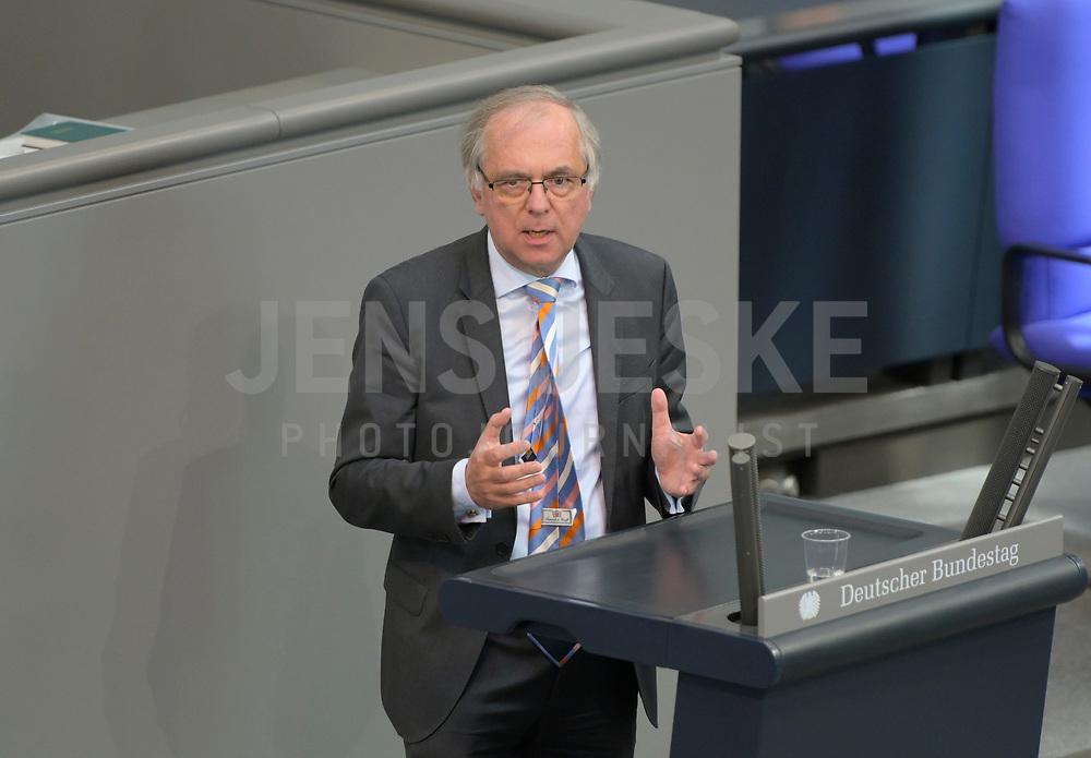 DEU, Deutschland, Germany, Berlin, 07.05.2020: Prof. Dr. Heribert Hirte (CDU) während einer Rede bei einer Plenarsitzung im Deutschen Bundestag.