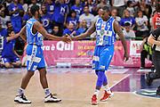 DESCRIZIONE : Campionato 2014/15 Dinamo Banco di Sardegna Sassari - Olimpia EA7 Emporio Armani Milano Playoff Semifinale Gara3<br /> GIOCATORE : Jerome Dyson Rakim Sanders<br /> CATEGORIA : Fair Play<br /> SQUADRA : Dinamo Banco di Sardegna Sassari<br /> EVENTO : LegaBasket Serie A Beko 2014/2015 Playoff Semifinale Gara3<br /> GARA : Dinamo Banco di Sardegna Sassari - Olimpia EA7 Emporio Armani Milano Gara4<br /> DATA : 02/06/2015<br /> SPORT : Pallacanestro <br /> AUTORE : Agenzia Ciamillo-Castoria/L.Canu