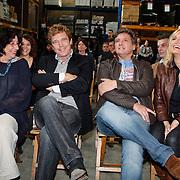 """NLD/Rotterdam/20081010 - Perpsresentatie """" de Froger ff geen cent te makken"""" , Clara Sies, John de Mol, Rene en Natasja Froger"""