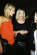 Lady Victoria Hervey and Elizabeth Murdoch. Candace Bushnell book party. Harington's. London. 1 February 2001. © Copyright Photograph by Dafydd Jones 66 Stockwell Park Rd. London SW9 0DA Tel 020 7733 0108 www.dafjones.com