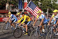 Sykkel<br /> Tour de France 2005<br /> 21. etappe<br /> 24.07.2005<br /> Foto: PhotoNews/Digitalsport<br /> NORWAY ONLY<br /> <br /> LANCE ARMSTRONG
